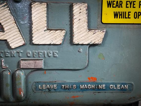 The Garage Journal » Blog Archive » Vintage DoALL Bandsaw…